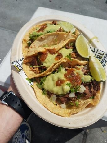 Carlitos Tacos